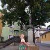 Ida at the Bübchenfountain in Selb