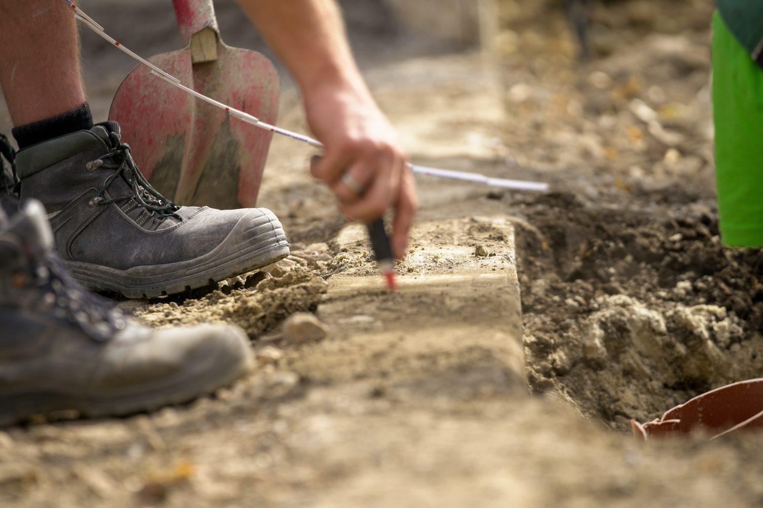 Bau- und Erdarbeiten