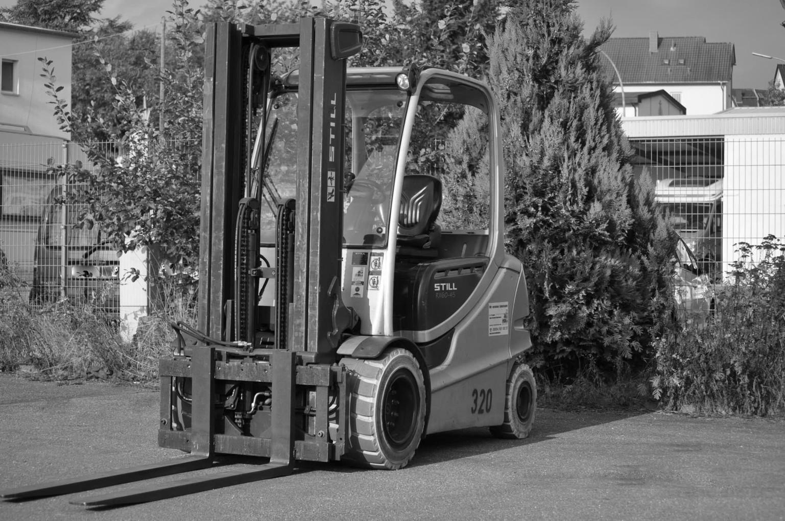 STT Rental-Logistic GmbH - Gabelstapler & Hubarbeitsbühnen im Saarland
