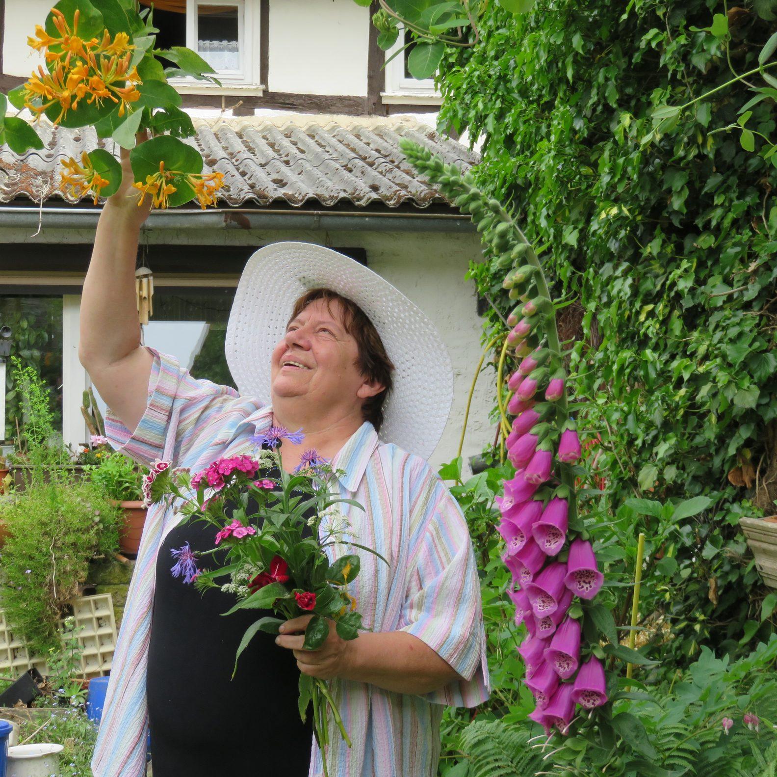 Ruth Schwarzer