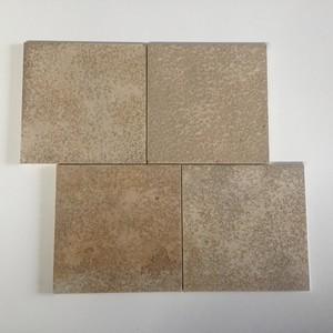 <h2>Material</h2> Solenhofer Platten - gebraucht, kleine Kantenausplatzungen  an wenigen Platten <br><br> <h2>Abmessung</h2> 29,8 x 29,8 x 1,0 cm <br><br> <h2>Menge</h2>  50,00 m² <br><br> <h2>Abholpreis</h2> 30,00 €/m², zzgl. 19,00 % MwSt.