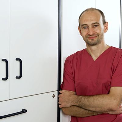 Dr. Gunter Hübner, Facharzt für Chirugie