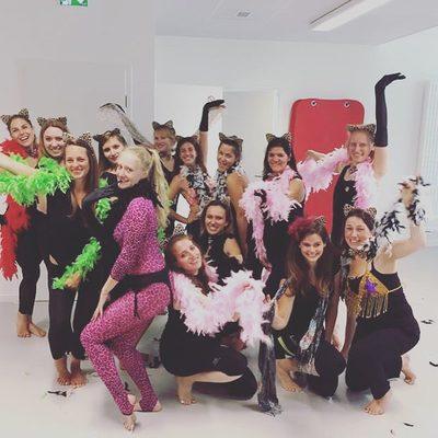 JGA Köln Anna Venture Burlesque Junggesellinenabschiede