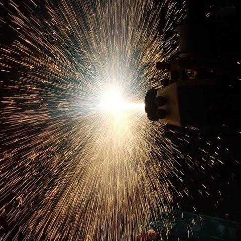 Lichtbogenspritzstrahl - Metallspritzen