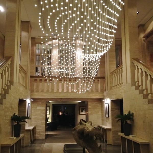 <h2>Kunde / Ort</h2> <br>   Hotel &quot;Das Stue&quot;  <br><br>  <h2>Ausführung / Material </h2> <br>  Restaurierung der historischen Außenfassade und des Innenbereiches des heutigen 5 Sterne Hotels &quot;Das Stue