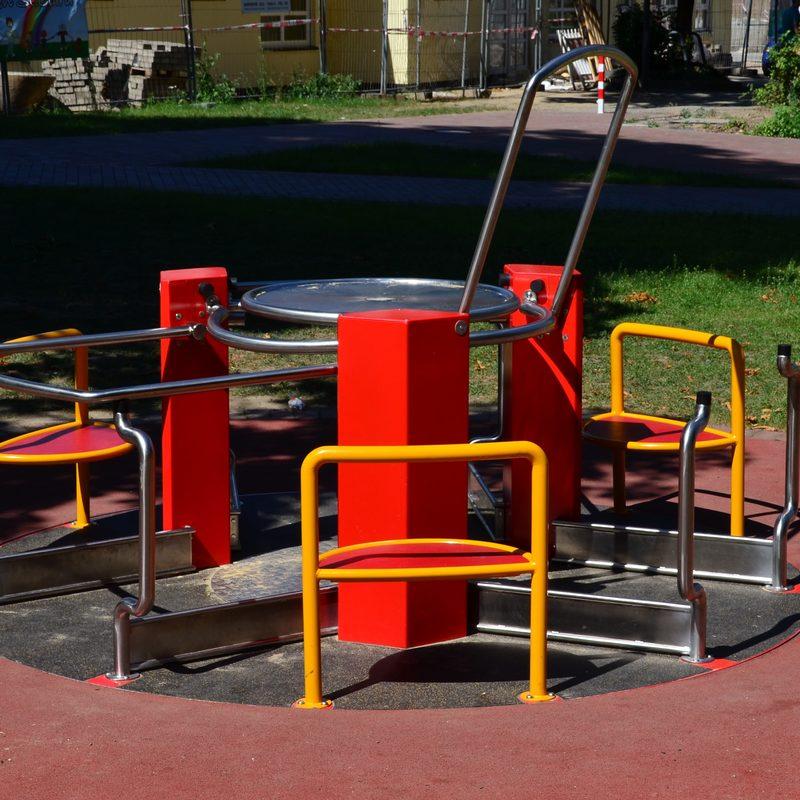 Rollstuhlfahrerkarussell, AB-04 0001